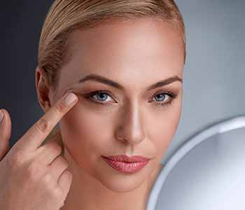 Juvéderm is a popular collection of dermal fillers, designed to replace what time has stolen.